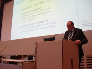 Professor Rolf Tamnes från norska Institutt for forsvarstudier