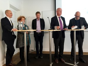 Fr vr Carl,Bergquist, Ingrid Thörnqvist, Anders Lindberg, Sven Hirdman och Olle Wästberg.