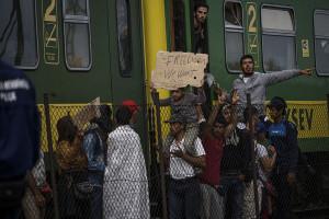 Syrian refugees strike at the platform of Budapest Keleti railway station. Refugee crisis. Budapest, Hungary, Central Europe, 4 September 2015. Photo: Wikimedia Commons