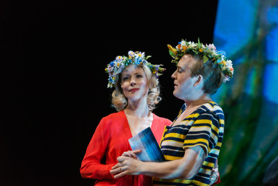 Julia Dufvenius och Andreas T Olsson. Foto: Urban Wedin