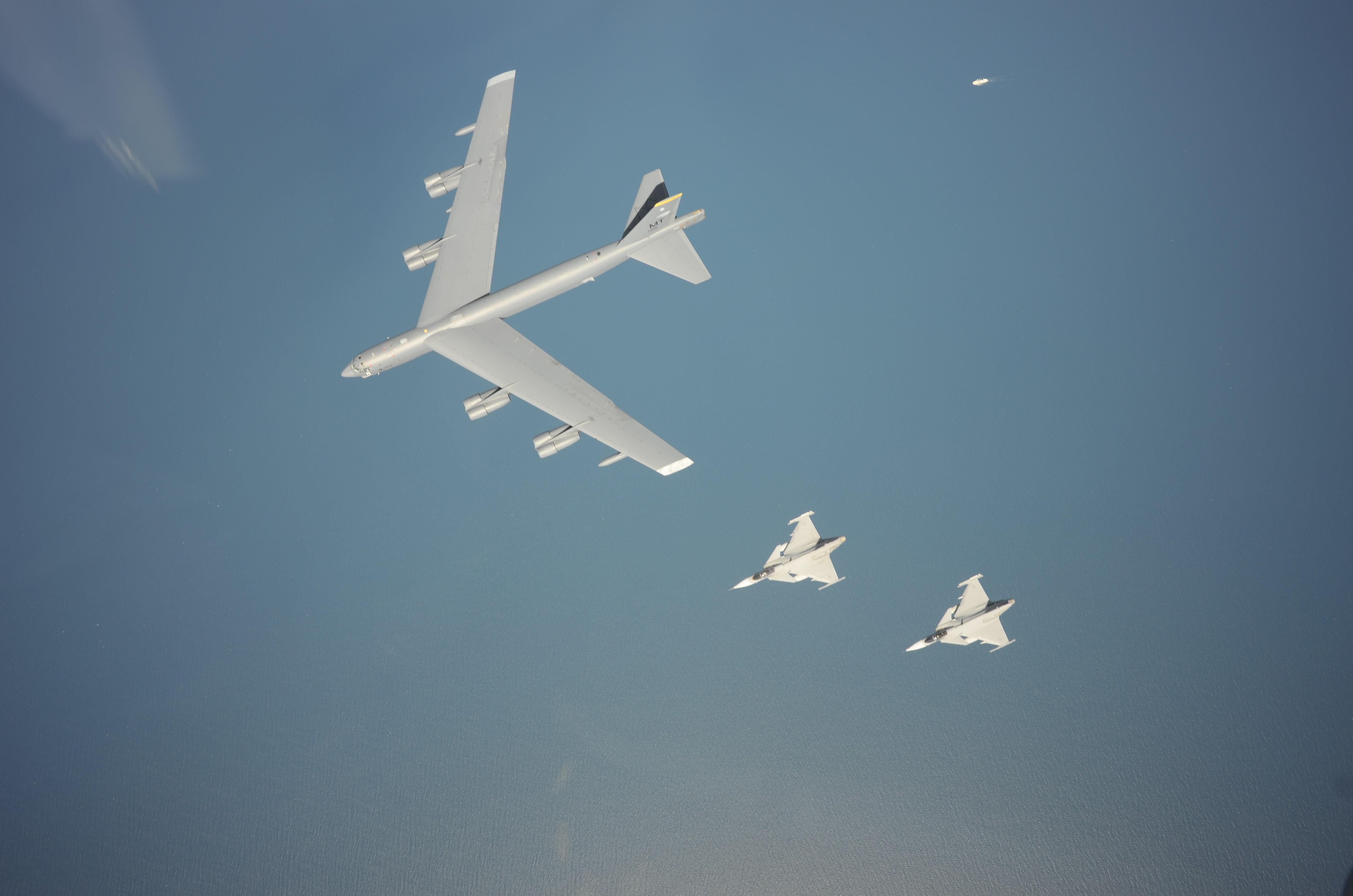 Ryskt flyg bombar sodra tjetjenien