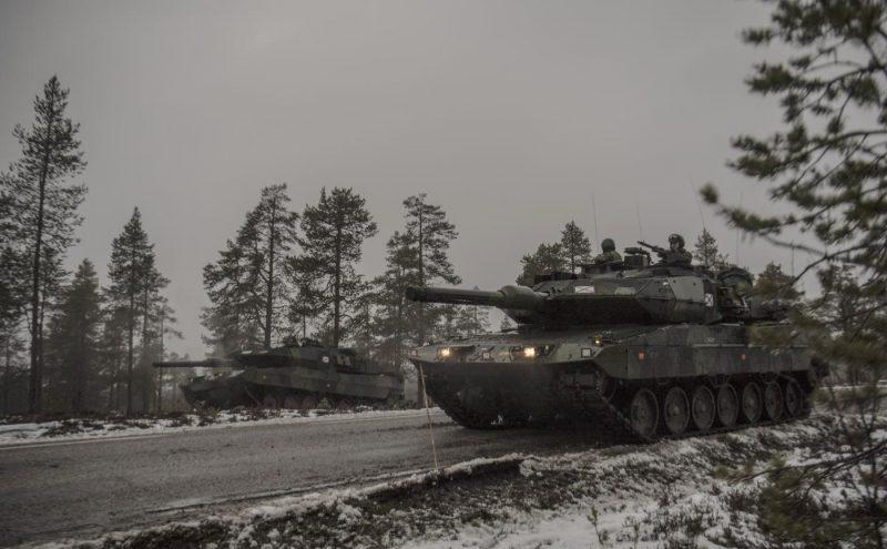 Svenska stridsvagnar anfaller under övning Trident Juncture.Foto: Jimmy Croona, Försvarsmakten.